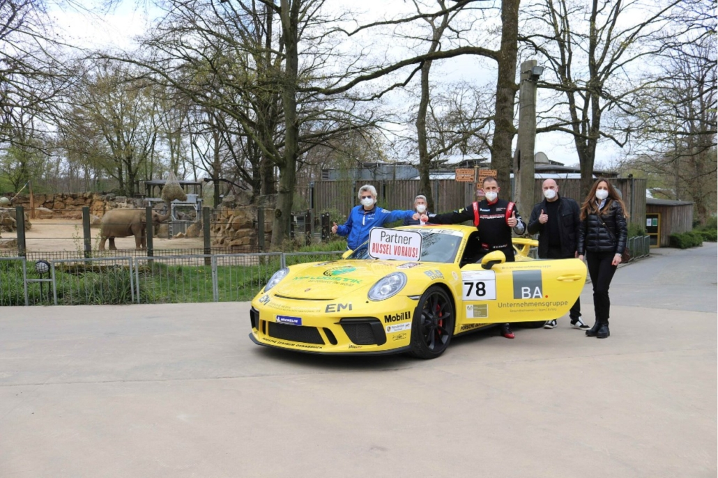 Motorsport Gruppenfoto Rüssel Voraus